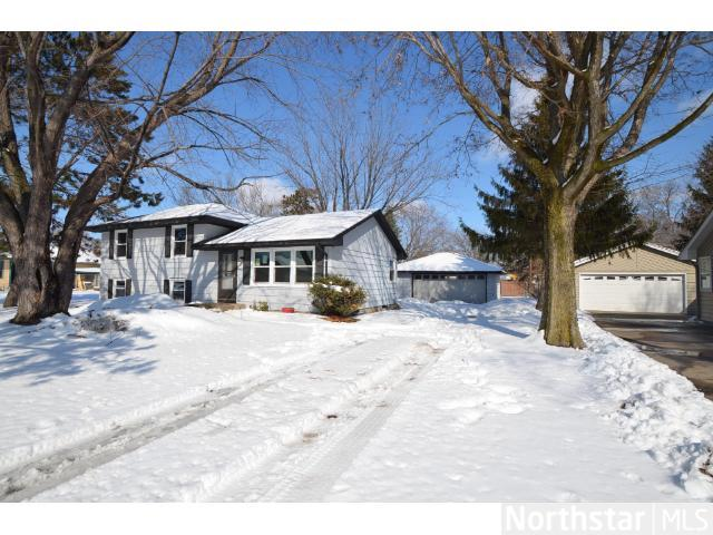 Rental Homes for Rent, ListingId:27558865, location: 11639 Heather Street NW Coon Rapids 55433