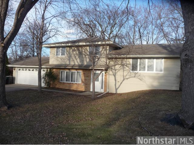 Rental Homes for Rent, ListingId:27630216, location: 13013 James Avenue S Burnsville 55337