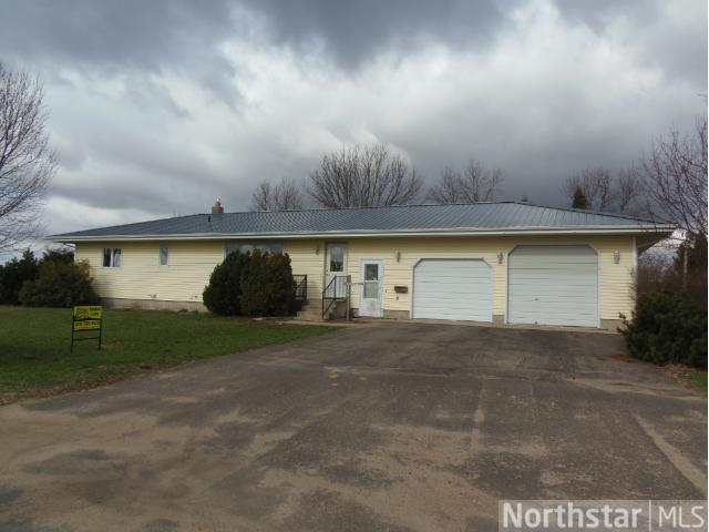 401 Central Ave S, Bertha, MN 56437