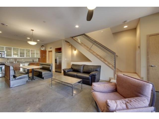 Rental Homes for Rent, ListingId:28095922, location: 2808 Aldrich Avenue S Minneapolis 55408
