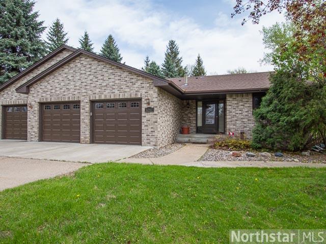 Real Estate for Sale, ListingId: 28327509, Arden Hills,MN55112