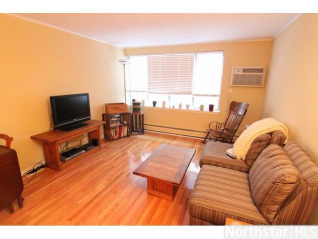 Rental Homes for Rent, ListingId:28344841, location: 1770 Bryant Avenue S Minneapolis 55403