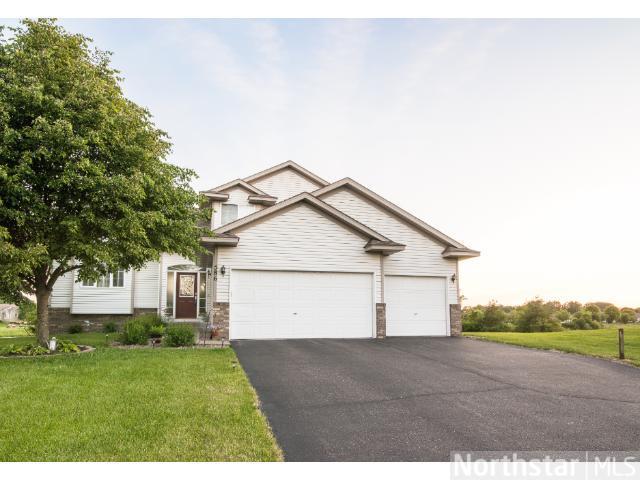 Real Estate for Sale, ListingId: 28457785, Blaine,MN55434