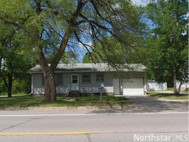 124 2nd Ave SW, Long Prairie, MN 56347