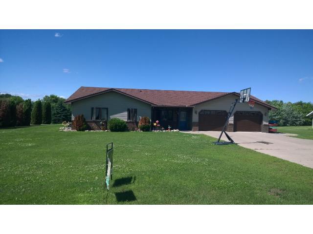 106 Oak Ave E, Clarissa, MN 56440