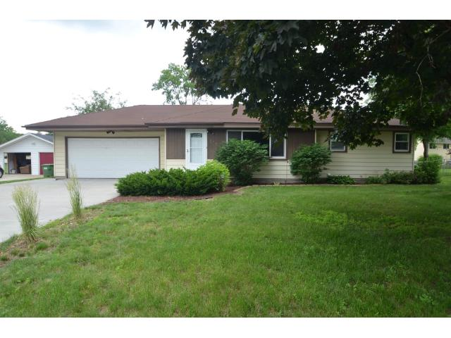 Rental Homes for Rent, ListingId:28872243, location: 113 River Edge Way NE Fridley 55432