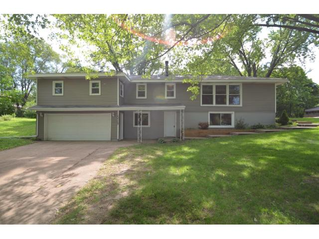 Rental Homes for Rent, ListingId:28924509, location: 13709 Shirley Drive Burnsville 55337
