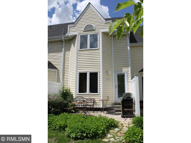 Rental Homes for Rent, ListingId:28983998, location: 211 University Avenue NE Minneapolis 55413
