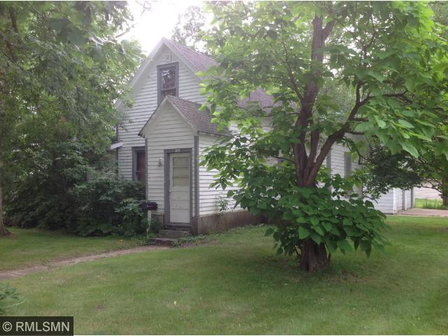 215 2nd St NW, Little Falls, MN 56345