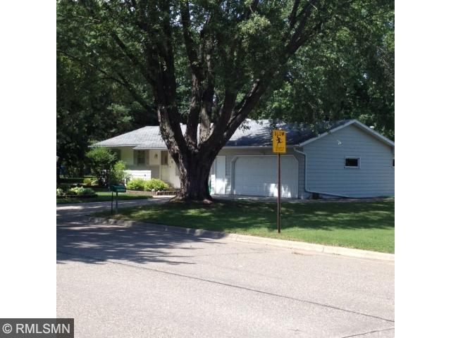 75 Golf Rd, Little Falls, MN 56345