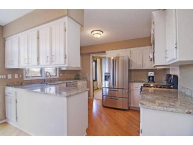 Rental Homes for Rent, ListingId:29199295, location: 15129 Glen Oak Street Minnetonka 55345