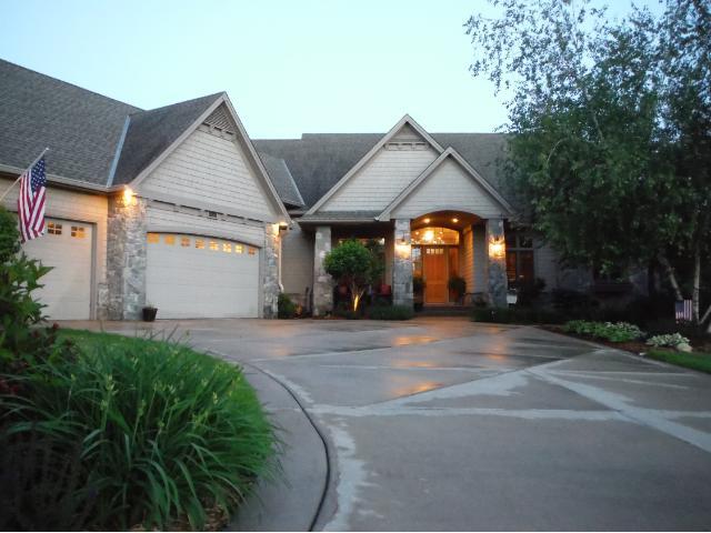 Rental Homes for Rent, ListingId:29657322, location: 18317 Frontier Place Eden Prairie 55347