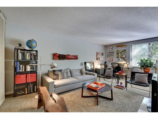 Rental Homes for Rent, ListingId:29691126, location: 1770 Bryant Avenue S Minneapolis 55403
