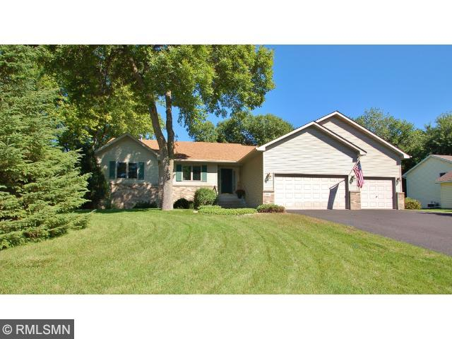 Real Estate for Sale, ListingId: 29736329, Vadnais Heights, MN  55127