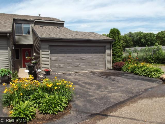 1830 Fairway Dr, Hudson, WI 54016