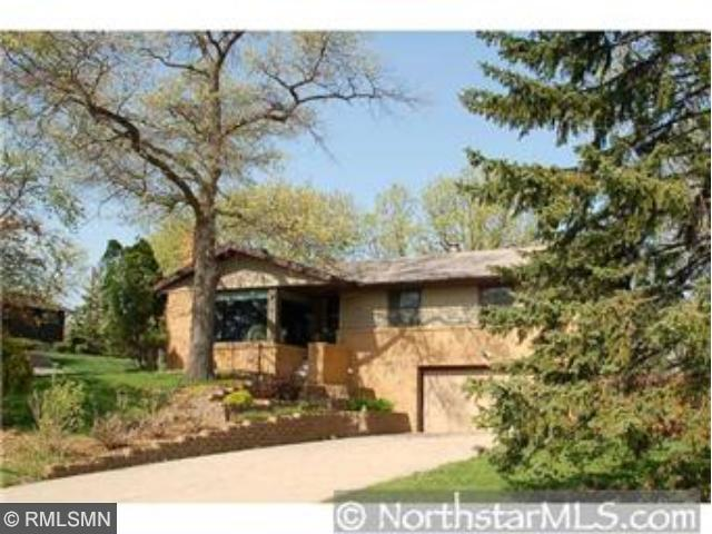 Rental Homes for Rent, ListingId:29853613, location: 124 Crystal Lake Road W Burnsville 55306