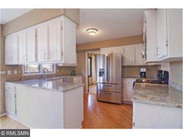 Rental Homes for Rent, ListingId:30097384, location: 15129 Glen Oak Street Minnetonka 55345