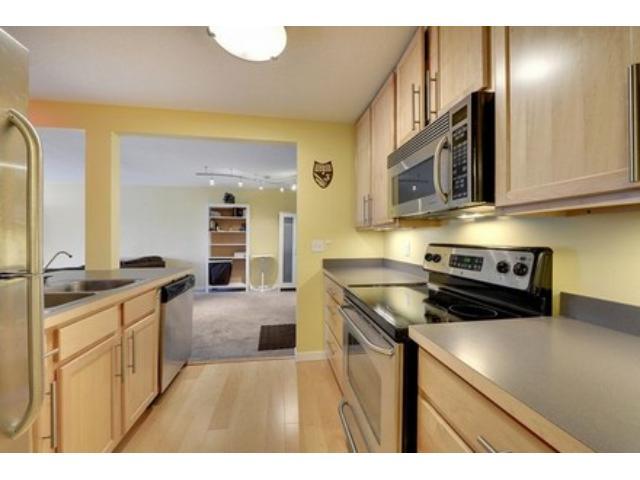 Rental Homes for Rent, ListingId:30298281, location: 52 Groveland Terrace Minneapolis 55403
