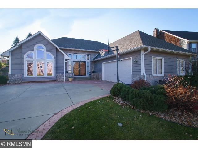 Real Estate for Sale, ListingId: 30472511, Vadnais Heights,MN55127