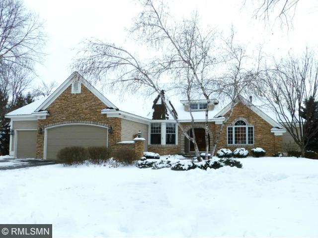 Real Estate for Sale, ListingId: 30490103, Vadnais Heights,MN55127
