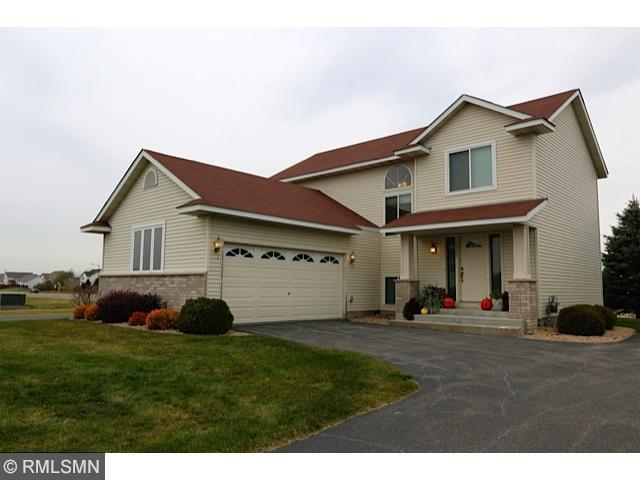 Rental Homes for Rent, ListingId:30592660, location: 2805 Wyndam Court Shakopee 55379