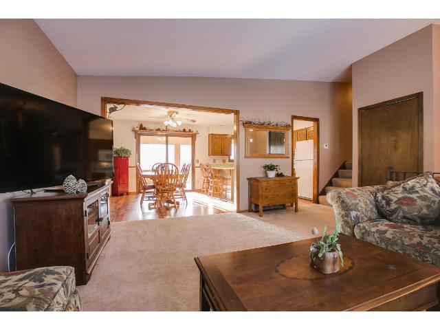 Real Estate for Sale, ListingId: 31188657, Vadnais Heights,MN55127