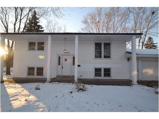 Rental Homes for Rent, ListingId:31262237, location: 7709 Modern Road Brooklyn Park 55428