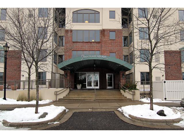 Rental Homes for Rent, ListingId:31262252, location: 5225 Grandview Square Edina 55436