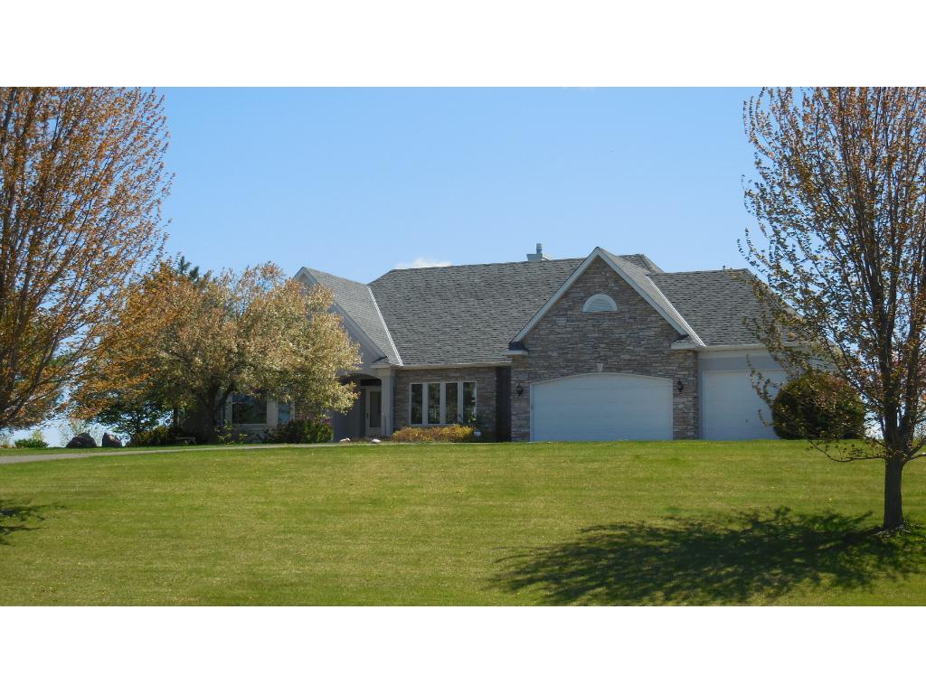 Real Estate for Sale, ListingId: 31589372, Dellwood,MN55110