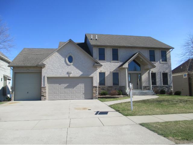 Real Estate for Sale, ListingId: 31682396, Blaine,MN55449