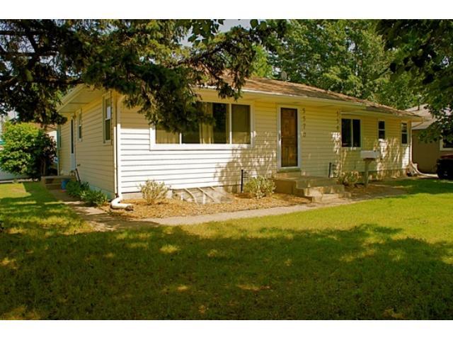 Rental Homes for Rent, ListingId:31965823, location: 5570 N Xenia Avenue Crystal 55429