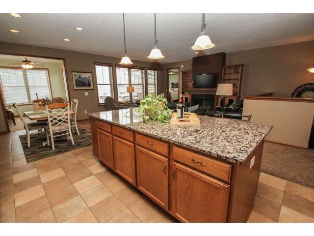 Real Estate for Sale, ListingId: 31965371, Maple Grove,MN55369