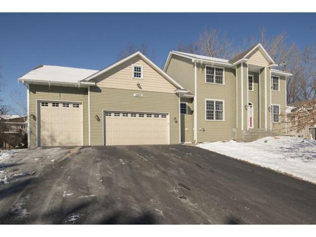 Real Estate for Sale, ListingId: 32027460, Blaine,MN55434
