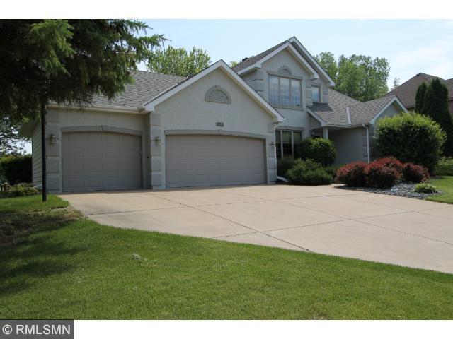 Real Estate for Sale, ListingId: 32343687, Vadnais Heights,MN55127