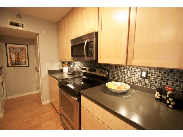 Rental Homes for Rent, ListingId:32351713, location: 52 Groveland Terrace Minneapolis 55403