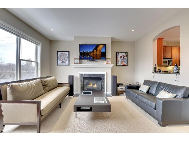 Rental Homes for Rent, ListingId:32482549, location: 315 W River Parkway Minneapolis 55401