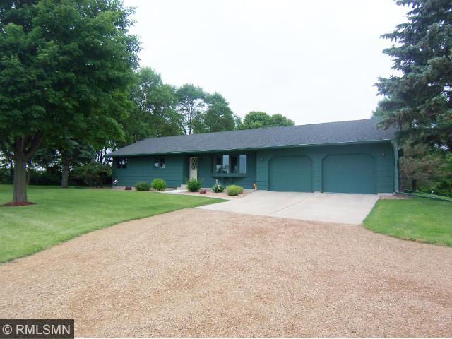 Real Estate for Sale, ListingId: 32580572, Hutchinson,MN55350