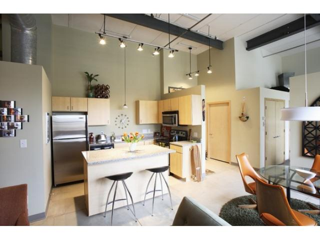 Rental Homes for Rent, ListingId:32581878, location: 111 E Franklin Avenue Minneapolis 55404