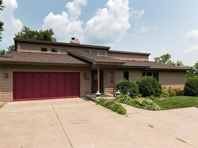 Real Estate for Sale, ListingId: 32633887, Eagan,MN55121
