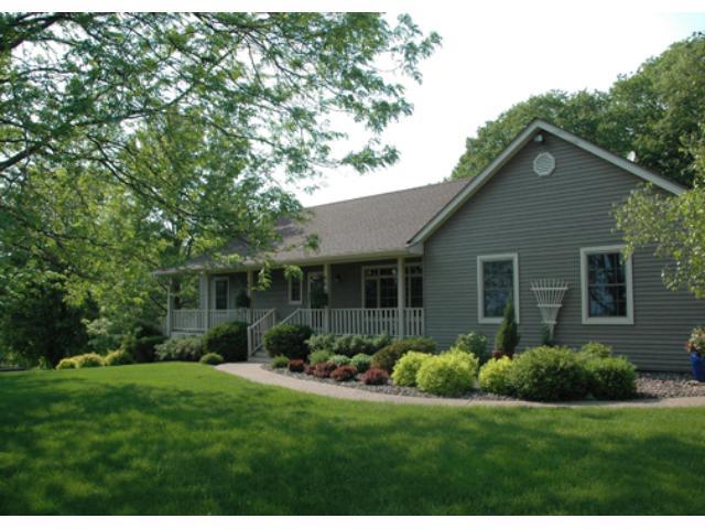 Real Estate for Sale, ListingId: 32683453, Lindstrom,MN55045