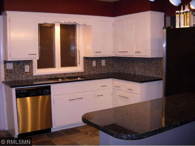 Rental Homes for Rent, ListingId:32810721, location: 1001 Kenwood Parkway Minneapolis 55403