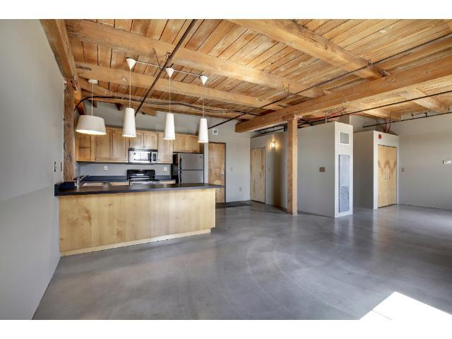 Rental Homes for Rent, ListingId:32904605, location: 127 5th Street NE Minneapolis 55413