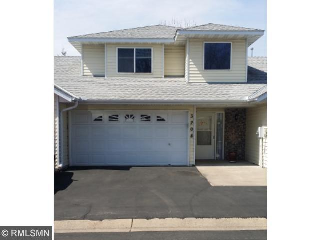 Real Estate for Sale, ListingId: 32946446, Vadnais Heights,MN55127