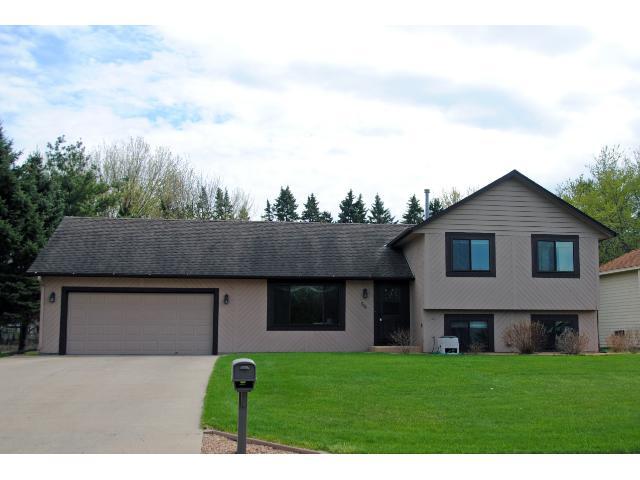 Real Estate for Sale, ListingId: 33068626, Vadnais Heights,MN55127