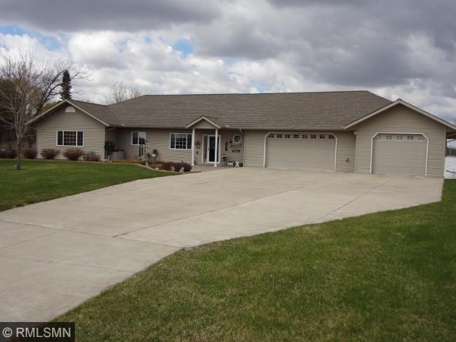 31870 Hummingbird Rd, Long Prairie, MN 56347