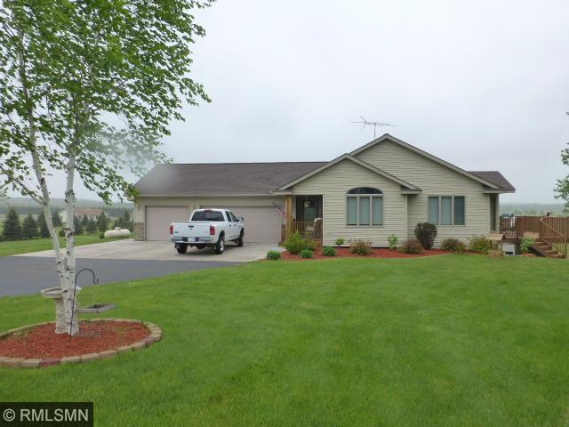 1284 220th Ave, New Richmond, WI 54017