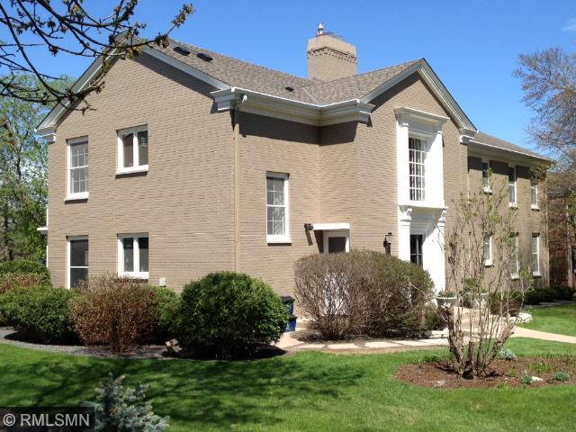 Rental Homes for Rent, ListingId:33658876, location: 3816 W Calhoun Parkway Minneapolis 55410
