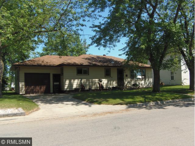 540 1st St S, Long Prairie, MN 56347