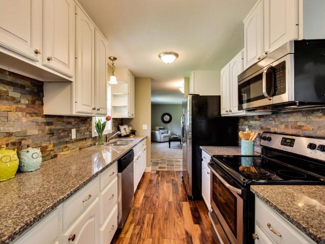 Real Estate for Sale, ListingId: 33996212, Fridley,MN55432