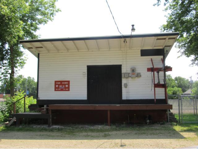 102 W Maple St, Roberts, WI 54023